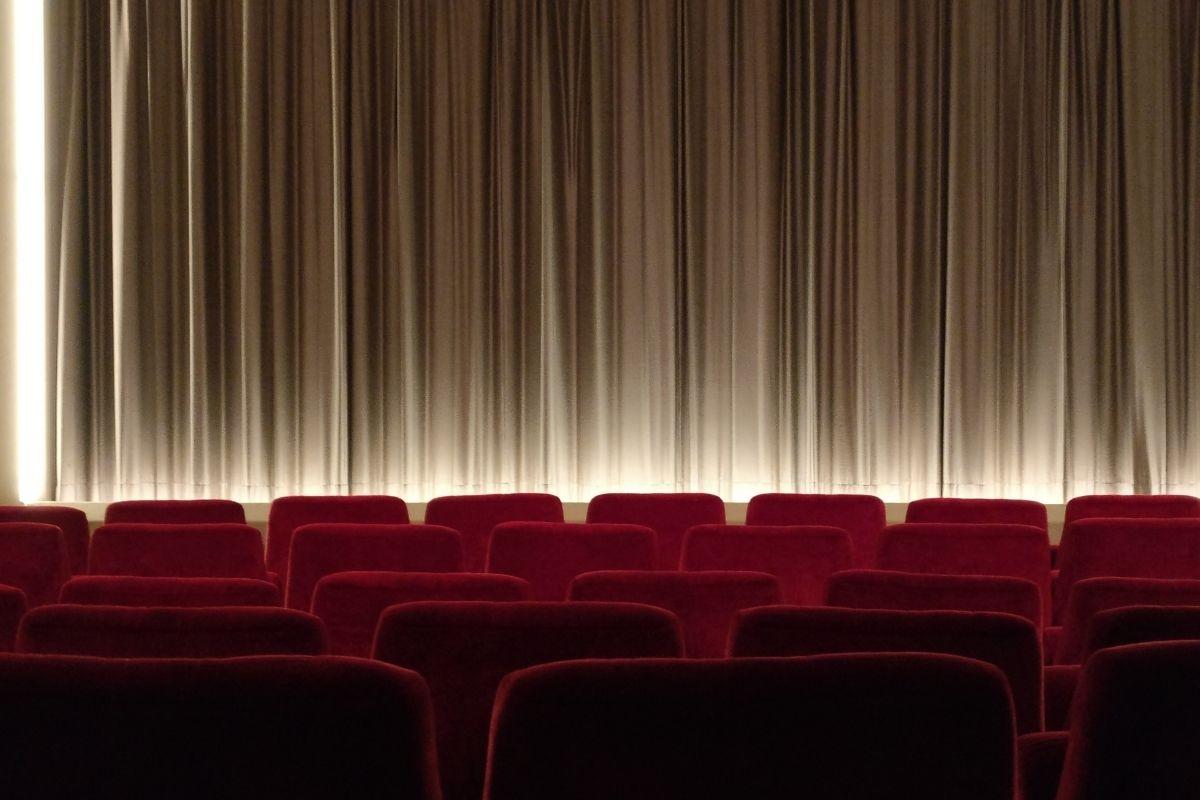 cinebh-discute-impacto-das-tecnologias-de-vigilancia-no-cinema