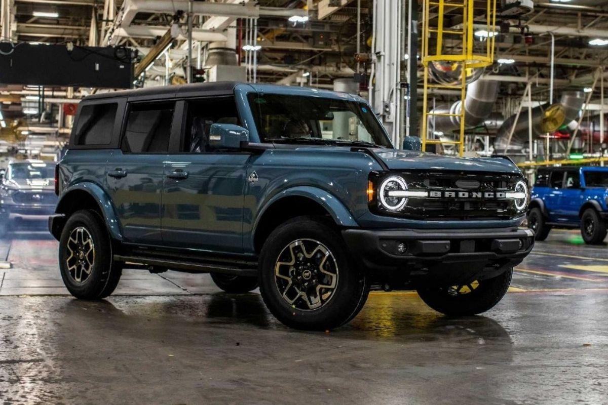 Ford recua no projeto da picape Bronco