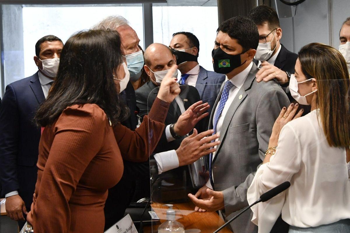 Senadores repercutem ataque de Wagner Rosário contra Tebet