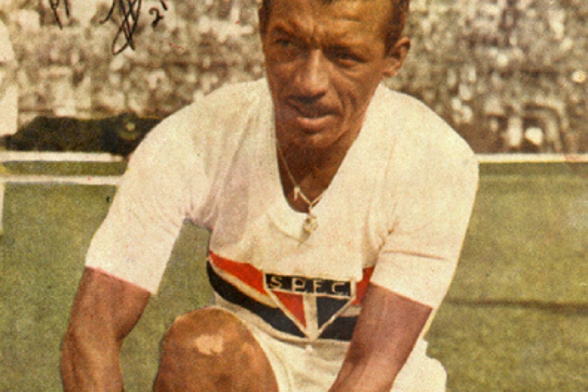 zizinho-completaria-100-anos-como-um-dos-grandes-do-futebol-brasileiro
