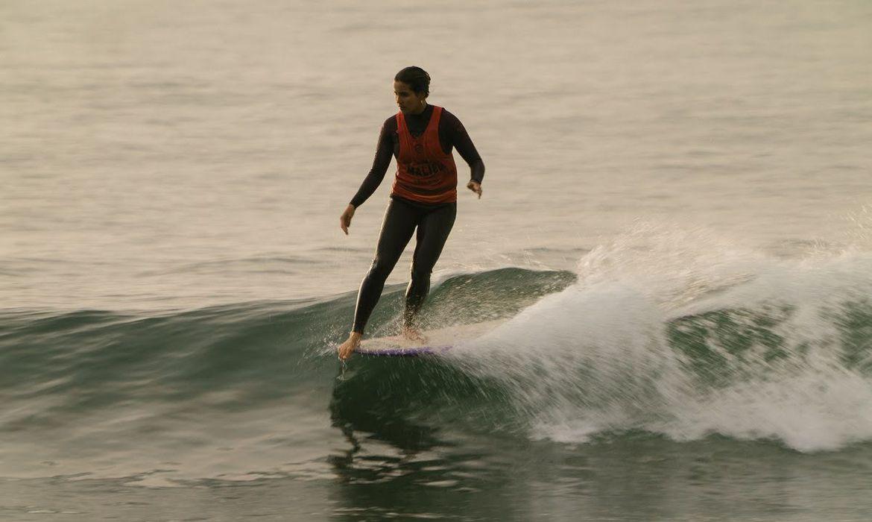 chloe-calmon-fica-em-terceiro-no-circuito-mundial-de-longboard