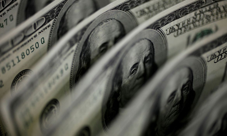 dolar-cai-para-r$-5,50-apos-intervencao-do-banco-central