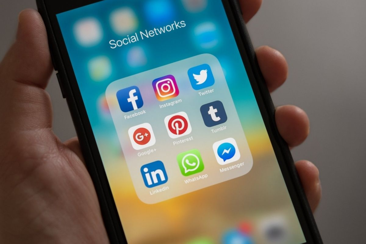 Instagram, WhatsApp e Facebook ficam fora do ar